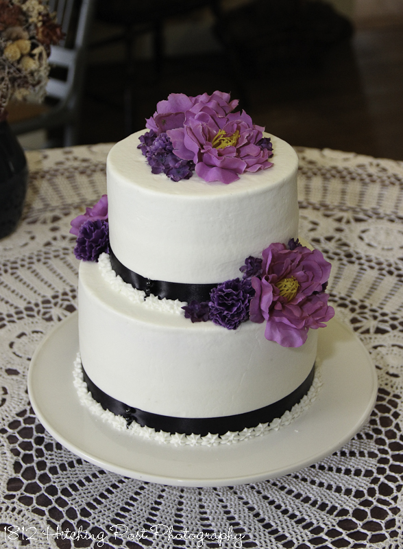 Two tier wedding cakes purple and black on cake junglespirit Choice Image