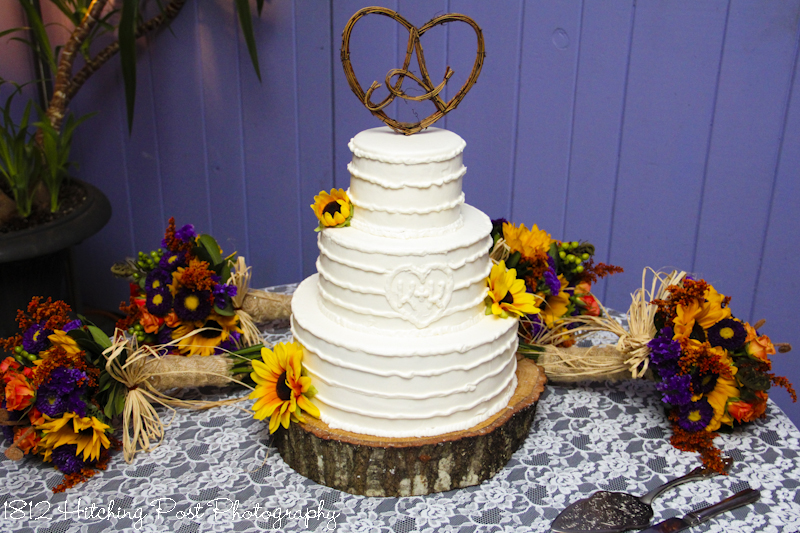 Wedding cakes guitar wedding cake topper horizontal lines with heart junglespirit Image collections